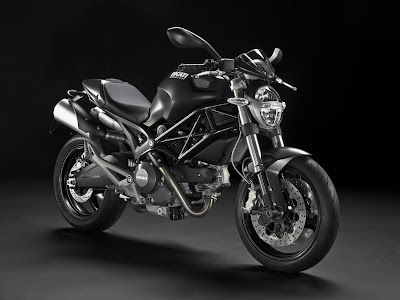 2010 Ducati Monster 696 Picture
