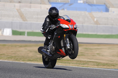 2010 Aprilia RSV4 Factory Action View