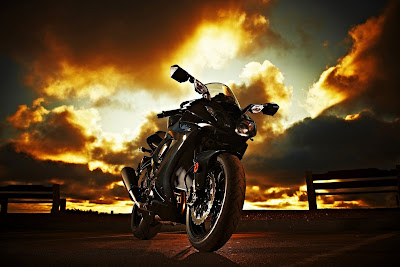 2010 Kawasaki Ninja ZX-10R Fighting Sport