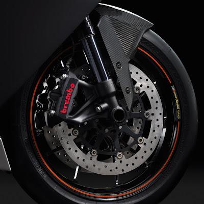 2010 KTM RC8 R Brakes