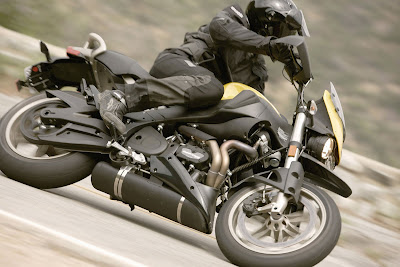 2010 Buell Ulysses XB12X Action