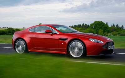 2011 Aston Martin V12 Vantage Road Test
