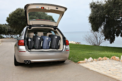 2011 BMW 5 Series Touring Trunk Place