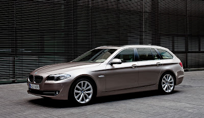 2011 BMW 5 Series Touring Photo