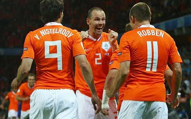 football players wallpapers. Netherlands Football Players