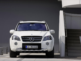 2011 Mercedes-Benz ML 63 AMG Front View
