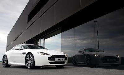 2011 Aston Martin V8 Vantage N420 Luxury Sport Cars