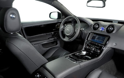 2011 Jaguar XJ Interior View
