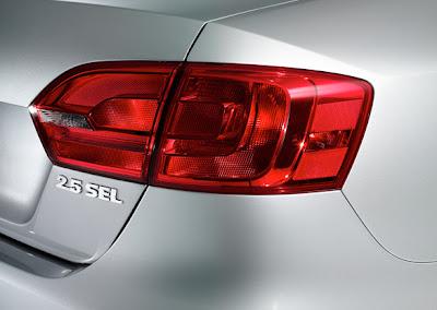 2011 Volkswagen Jetta Taillight
