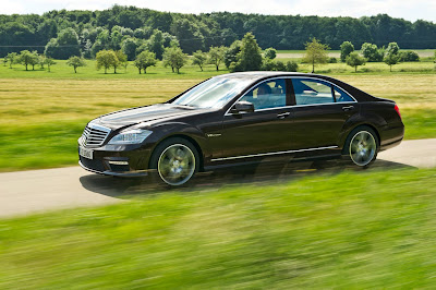 2011 Mercedes-Benz S63 AMG Official Pictures