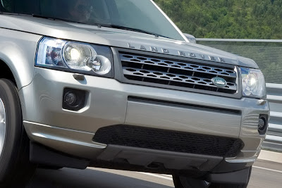 2011 Land Rover Freelander 2 Front End