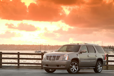 2011 Cadillac Escalade Images