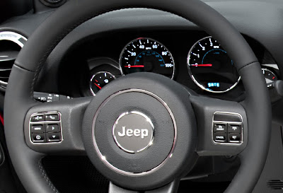 2011 Jeep Wrangler Steering Wheel View