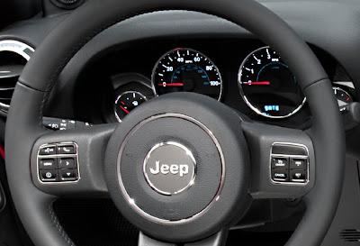2011 Jeep Wrangler Steering Wheel View