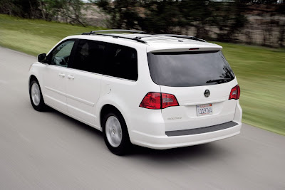 2010 Volkswagen Routan Rear View