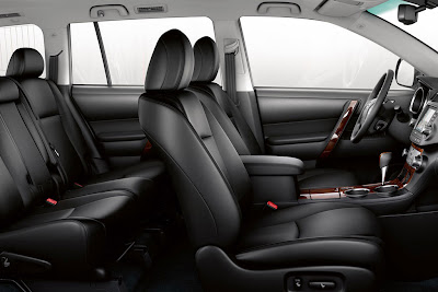2011 Toyota Highlander Seats View