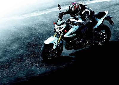 2011 Suzuki GSR750 Picture