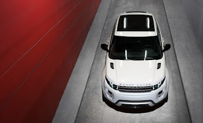2012 Land Rover Range Rover Evoque Front View