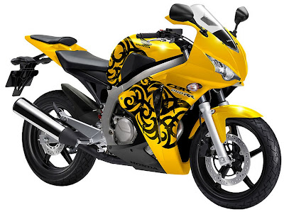 2011 Honda CBR 250 RR Official Pictures