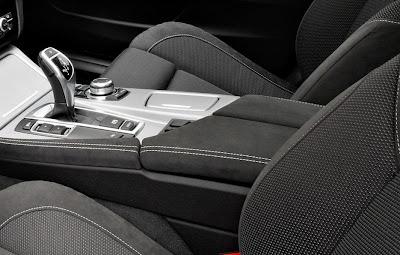 2011 BMW 5-Series M Sport Shifter