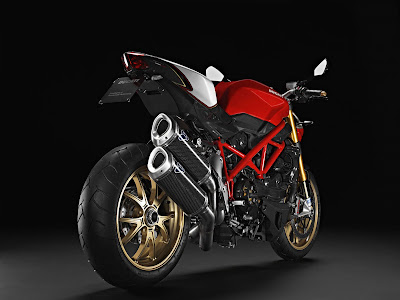 2011 Ducati Streetfighter S Rear Side View