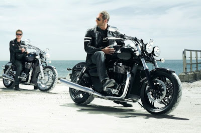 2011 Triumph Thunderbird Storm Wallpaper