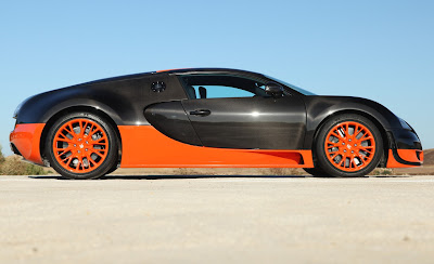 2011 Bugatti Veyron 16.4 Super Sport Side View