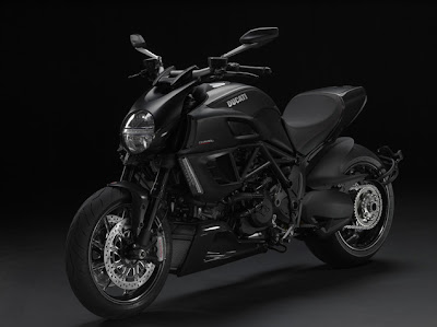 2011 Ducati Diavel Metallic Black