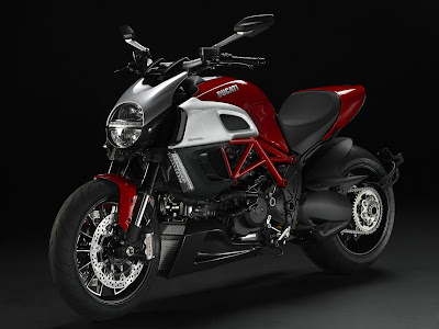 2011 Ducati Diavel First Image
