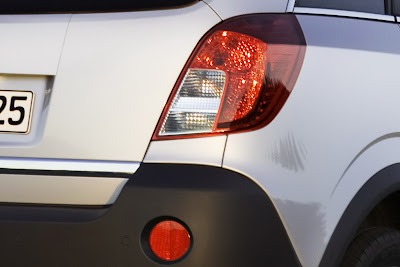 2011 Opel Antara Rear Light