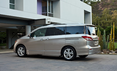 2011 Nissan Quest Rear Side View
