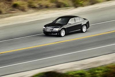 2011 Chrysler 300 Images