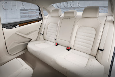 2012 Volkswagen Passat Backseat Photo