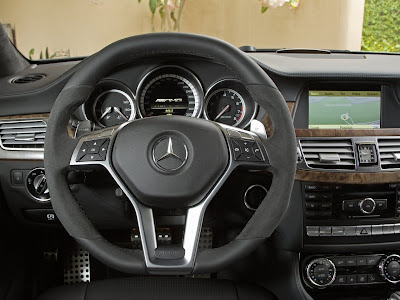 2012 Mercedes-Benz CLS63 AMG Dashboard View