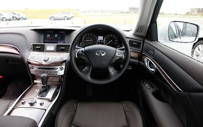 2012 Infiniti M35 Hybrid Interior View