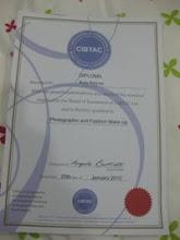 外国化妆的文凭