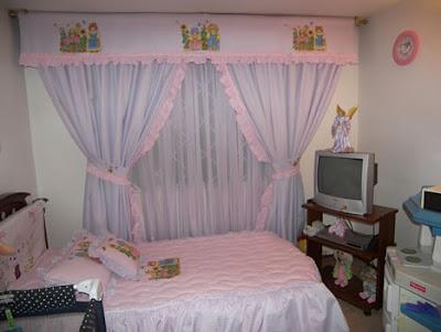 habitacin para bebes cortina en tull con y detalles en recogido cenefa bordada diseo de familia ositos