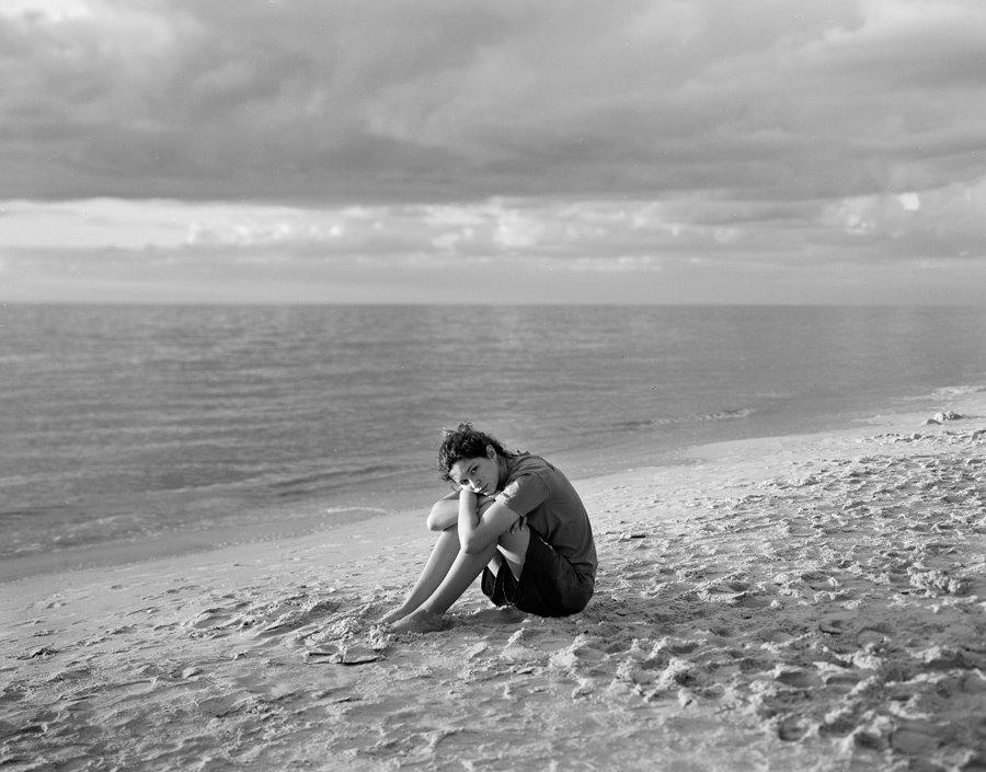 [suzy-on-beach-1.jpg]
