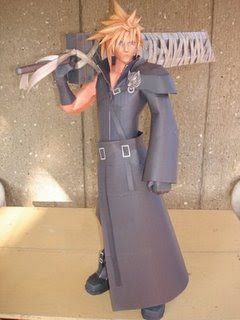 Kingdom Hearts Papercraft: Cloud Strife Ver. 2