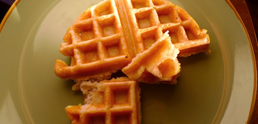 Gluten-free Gourmand: Easy Waffles: a Gluten-Free Dairy-Free Recipe