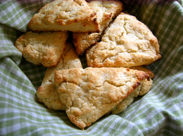 Gluten-free Gourmand: Recipe for Famous Gluten-free Scones