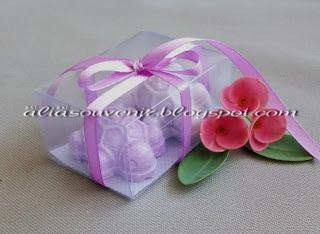 souvenir pernikahan lilin hias