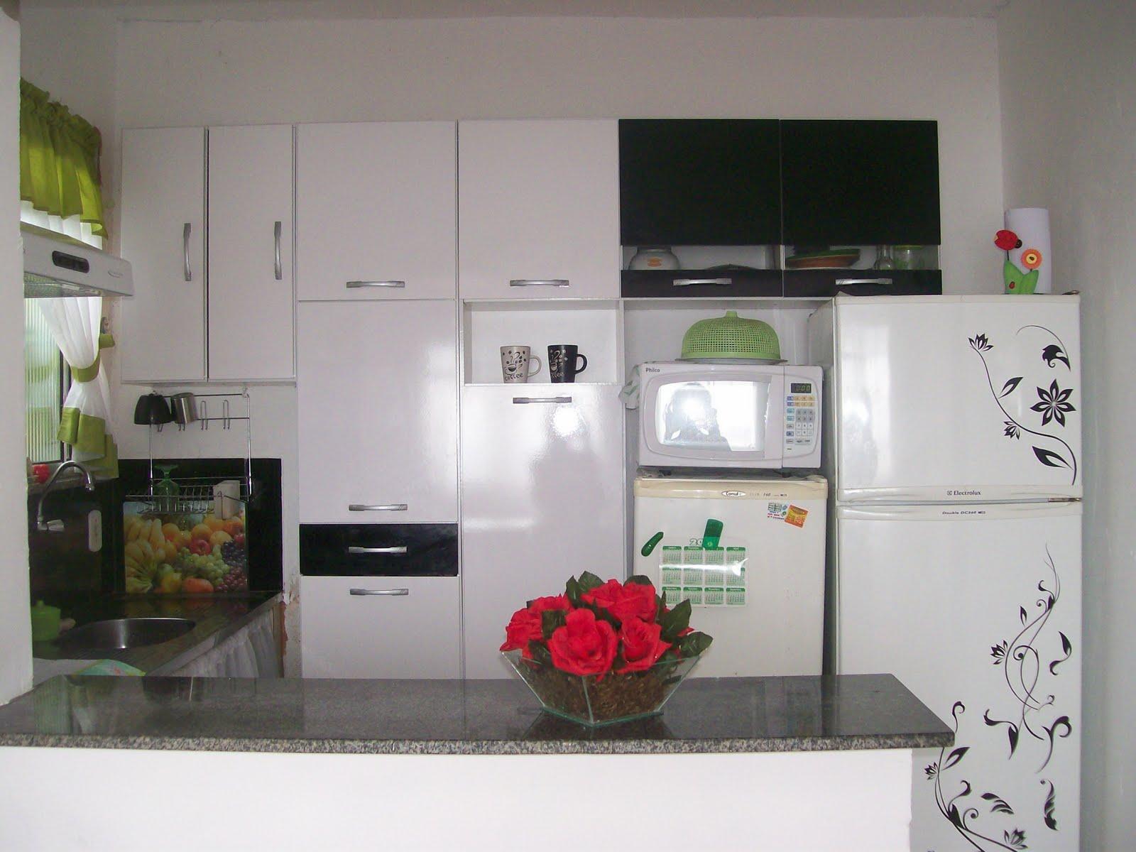 #B6152F Simplesmente com amor: Minha pequenina cozinha ! 1600x1200 px sonhar banheiro grande