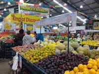 Parklea Market - Fruit & Vegie stall