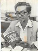 DR. KASSIM AHMAD (1933)