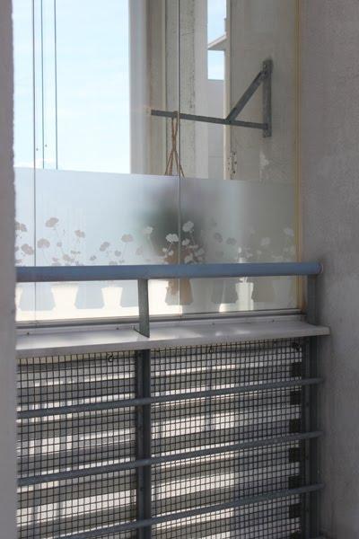 näkösuoja lasitetulle parvekkeelle