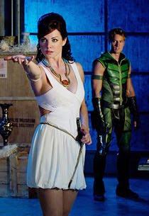 Lois Lane como Isis - Smallville Temporada 10 Episódio 5