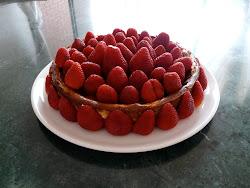 Cheesecake con mermelada casera y fresas naturales