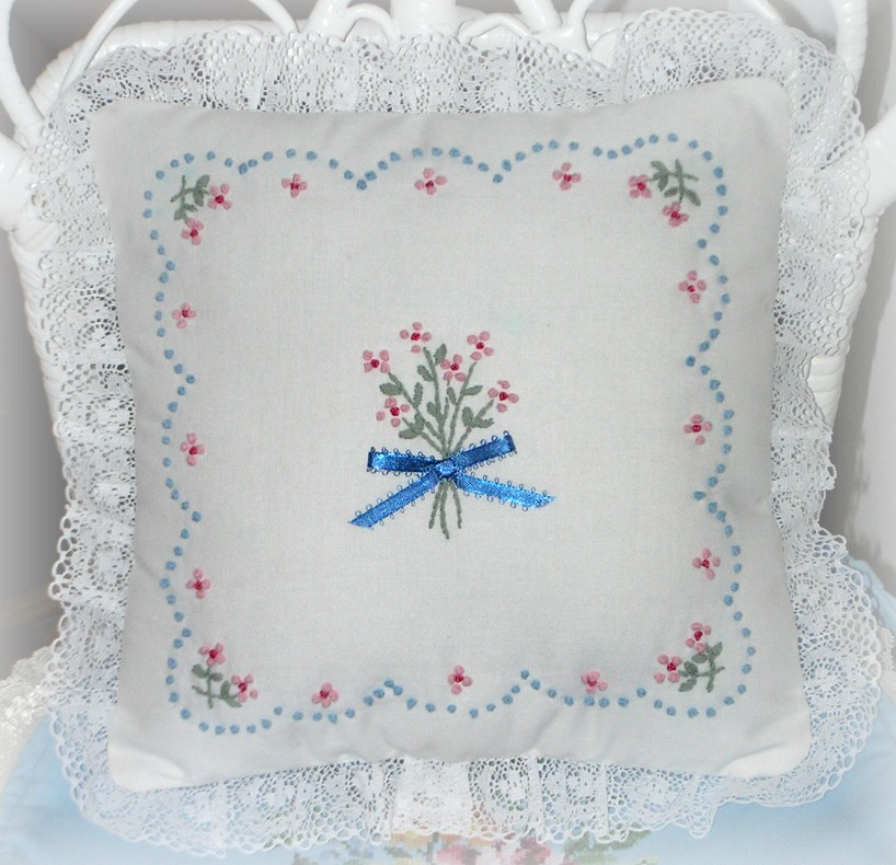 Shabby Chic Pillow Ideas : Kitty And Me Designs: Embroidered Shabby Chic Pillows
