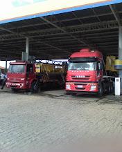 TRANSPORTE DE MAQUINAS COM PLATAFORMAS